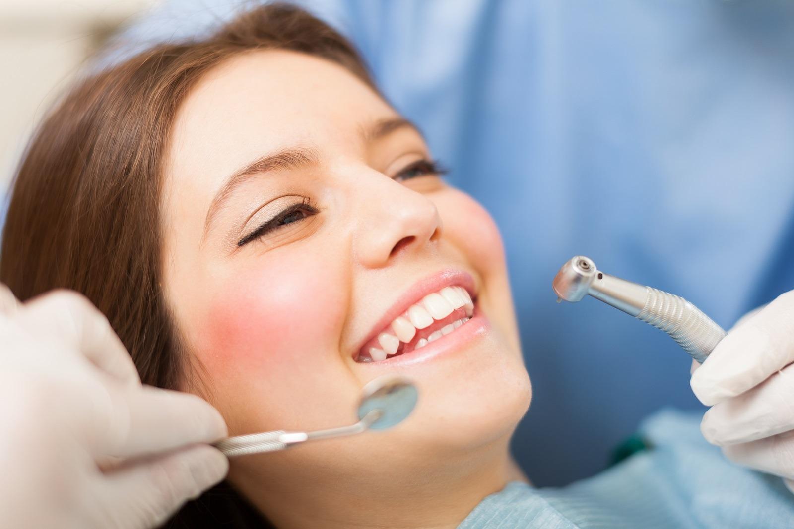 Dia da Saúde Dentária: cuidado com os dentes é fundamental