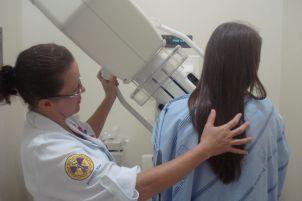 Outubro Rosa: HSL disponibiliza exames de mamografia gratuitamente